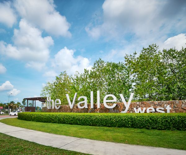 The Valley West